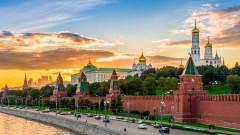 """Русия иска да изхарчи десетки милиарди от фонда си за """"черни дни"""", за да съживи растежа"""