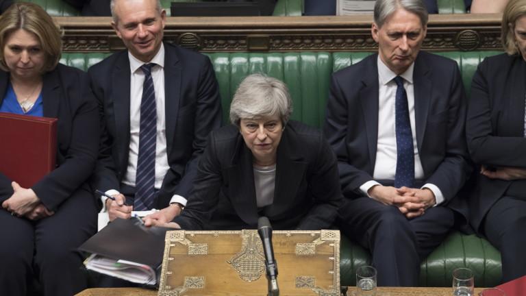 Премиерът на Великобритания Тереза Мей се подготвя да подаде оставка