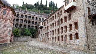 Правителството дава допълнително 2 300 000 лв. за ремонта на Зографския манастир в Антон