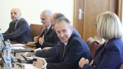 Отпуснаха средства за електронна система в българските неделни училища в чужбина
