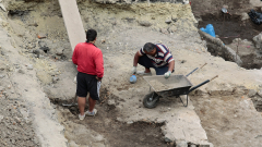 Откриха воин с каменна брадва от преди 6 хилядолетия в Разградско