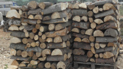 """Измамиха десетки пенсионери от Пазарджишко с """"евтини"""" дърва за огрев"""