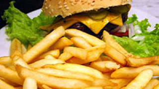 Голям процент от случаите на рак са пряко свързани с храната