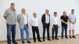 """Министър Кралев откри реновираната спортна зала """"Иван Ханджиев"""" в Русе"""