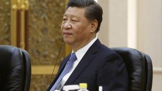 Реформите са пред нови проблеми, външната несигурност нараства, предупреди Си Дзинпин