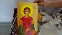 Мощите на Св. Пантелеймон остават в София до сутринта на 1 август