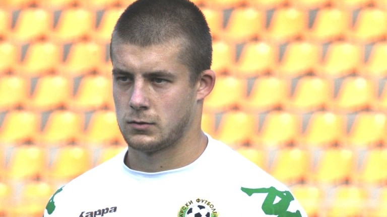 Защитникът Ангел Грънчов вече е футболист на новака във Втора