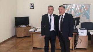 Симеонов уверява украинския посланик в приятелските желания на България