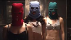 """Арестуваха Мария Альохина и Олга Борисова от """"Pussy Riot"""""""