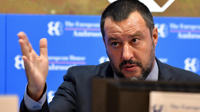 """Салвини нарежда на """"малките етнически магазини"""" в Италия да затварят до 21 часа"""
