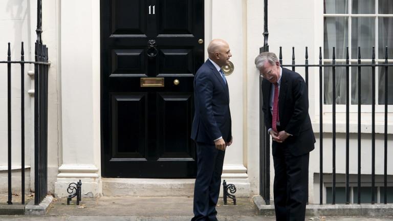 Великобритания и Съединените щати обсъждат частично търговско споразумение, което може