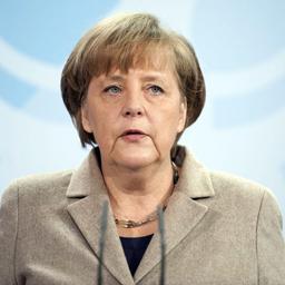 Меркел: Няма да има преразглеждане на финансовия пакт
