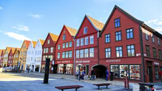 Най-големият имотен балон се надува в Норвегия
