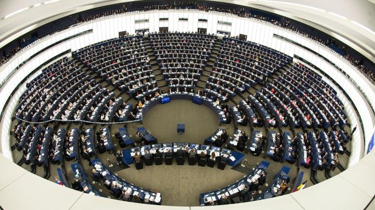 ЕП поиска Брюксел да наложи оръжейно ембарго на Саудитска Арабия