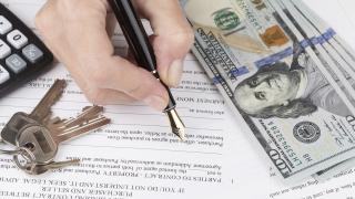 Рязко спадна търсенето на потребителски заеми в САЩ