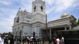 Най-малко 160 избити и стотици ранени от бомби в църкви и хотели в Шри Ланка
