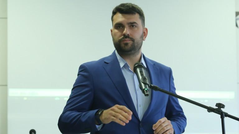 Георг Георгиев вижда много сладка далавера в МВР сделката