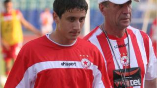 Мишо Александров подписва с Борусия (Дортмунд) в сряда