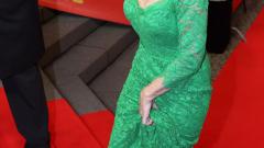 Хелън Мирън падна по стълбите на фестивала в Берлин