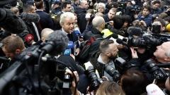 Паритет между премиера Рюте и партията на Вилдерс преди вота в Холандия