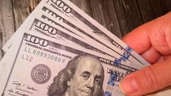 Потребителите в САЩ отново отвориха портфейлите