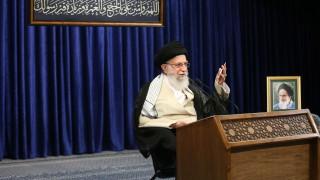 Аятолах Хаменеи буни иранците да се съпротивляват на натиска на САЩ