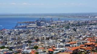 Подпалвачи атакуваха турски дипломатически коли в Солун