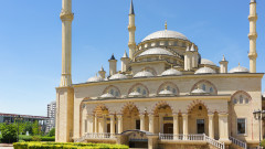 Путин и Кадиров в спор за най-красивата джамия