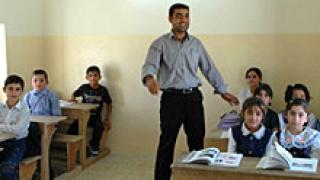 10 000 семейства без помощи заради отсъствия на децата им