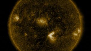 NASA показа зрелищни кадри на слънчеви изригвания