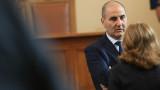 Цветанов нахока президента за големите му комплекси