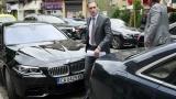 Кирил Домусчиев тръгна да търси помощ за Левски и ЦСКА