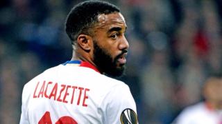 """От Арсенал отправили """"интересно"""" предложение към Лион за Лаказет"""