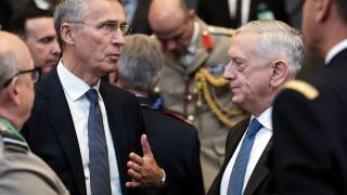 Русия да прекрати безразсъдното си поведение, призова НАТО