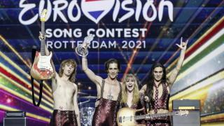 """Обвиниха победителя в """"Евровизия"""", че се дрогира в ефир"""