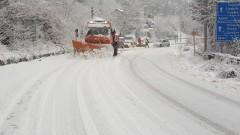 АПИ предупреждава, че може да затваря пътища докато ги почистят или се промени времето