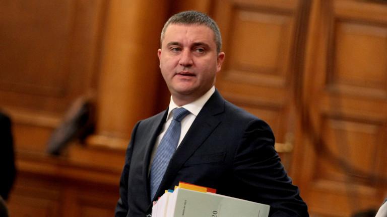 Балансиран бюджет с приемственост и предвидимост. Така финансовият министър Владислав