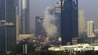 Откриха лаптопа на терорист, взривил се в Джакарта