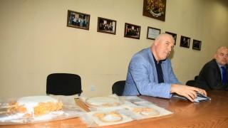 Групата на ДАНС-джията иманяр остава в ареста