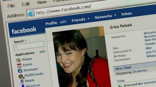 Facebook става по-демократичен