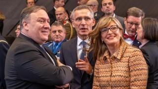 Всички външни министри на НАТО призоваха Русия да се върне в договора за ракетите