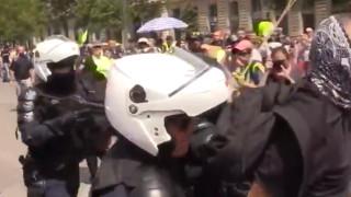 """Полицията в Париж използва сълзотворен газ срещу агресивни """"жълти жилетки"""""""