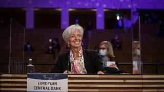 ЕЦБ значително повиши прогнозата за растежа на икономиката в еврозоната