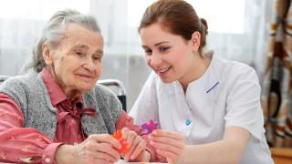 В Добрич осигуряват грижи у дома за възрастни и хора с увреждания