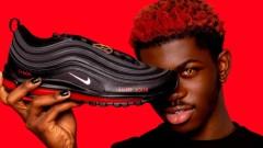 """Скандалните """"сатанински"""" маратонки с логото на Nike ще бъдат изтеглени от пазара"""