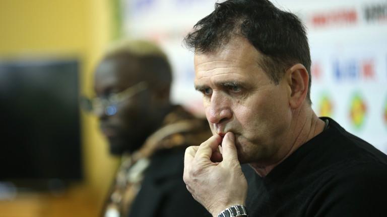 Старши треньорът на ЦСКА Бруно Акрапович коментира нападките на Локомотив