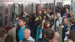Влаковите машинисти в Германия прекратиха стачката