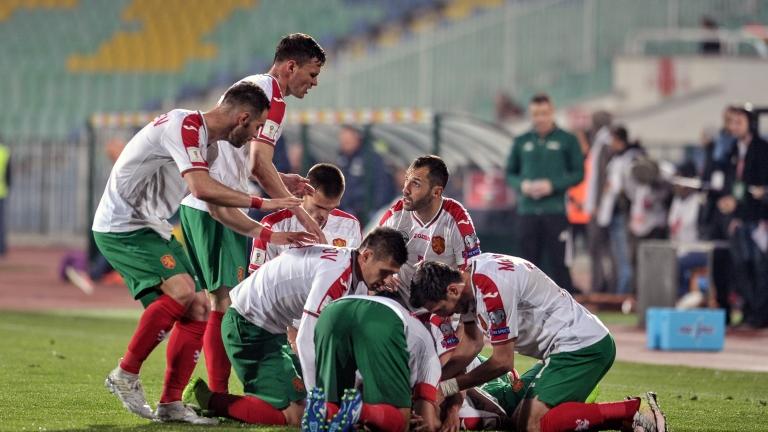 България с две места напред в ранглистата на ФИФА, Бразилия се завърна на върха