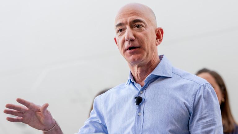 Джеф Безос е разпродал акции на Amazon за $4,1 милиарда само за 7 дни