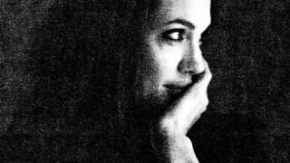Брад Пит показа страстта си към Анджелина в интимни кадри (СНИМКИ)